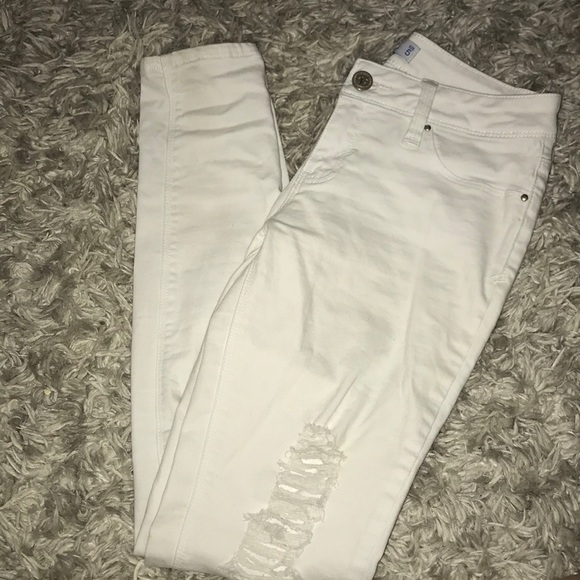 Luxe Denim - White ripped high waisted jeans